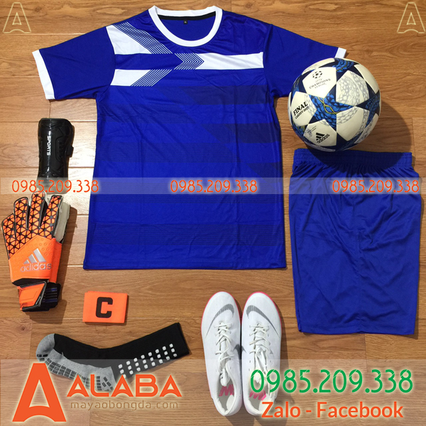 Áo bóng đá không logo màu xanh chất