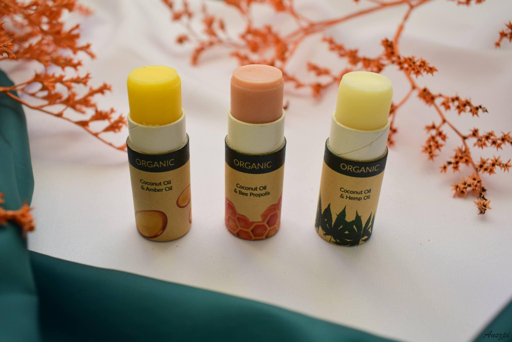 balsam do ust z naturalnymi składnikami