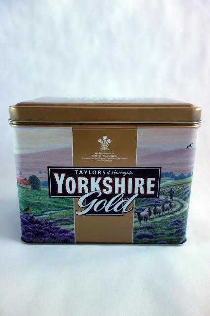 Tea Tin transformation, tea tin crafts, how to repurpose a tea tin