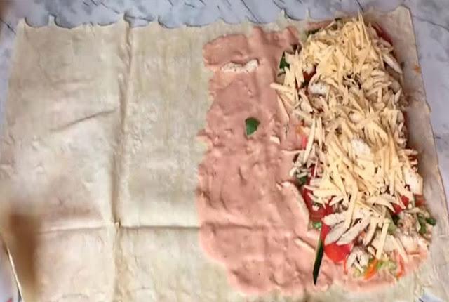 Наша коллекция рецептов шаурмы, Шаурма — вкусно и красиво!, Шаурма с болгарским перцем и красным луком, Шаурма с карри, Шаурма с колбасой и морковью по-корейски, Шаурма с куриной грудкой и овощами, Шаурма с курицей и кефирным соусом, Шаурма с курицей, овощами и сыром (пошагово), Шаурма с курицей по-быстрому, Шаурма со свининой и пекинской капустой, Шаурма со свининой и пекинской капустой Шаурма с курицей, овощами и сыром (пошагово) Шаурма с куриной грудкой и овощами как приготовить шаурму в домашних условиях,как приготовить шаурму рецепт с фото, шаурма, шаурма домашняя, лаваш, лаваш армянский, кухня армянская, из лаваша, блюда из лаваша, закуски, закуски из лаваша, закуски с мясом, закуски с овощами, еда, рецепты, рецепты кулинарные, рецепты шаурмы, быстрый завтрак, быстрое питание, как сделать шаурму своими руками, как готовить шаурму,http://eda.parafraz.space/, Снеговики из безе для новогоднего стола, шаурма, шаурма домашняя, лаваш, лаваш армянский, кухня армянская, из лаваша, блюда из лаваша, закуски, закуски из лаваша, закуски с мясом, закуски с овощами, еда, рецепты, рецепты кулинарные, рецепты шаурмы, быстрый завтрак, быстрое питание, как сделать шаурму своими руками, как готовить, шаурма из лаваша в домашних условиях, рецепт шаурмы, как приготовить домашнюю шаурму, шаурму, http://prazdnichnymir.ru/ что можно завернуть в лаваш вкусно и просто, как приготовить лаваш для шаурмы, шаурма в домашних условиях, как правильно завернуть шаурму в лаваш, в домашних условиях, шаурма рецепт с фото, шаурма фото, как свернуть шаурму из лаваша, как сделать тонкий лаваш для шаурмы, как правильно делать шаурму в лаваше, шаурма из лаваша в домашних условиях с курицей шаурма из лаваша в домашних условиях с колбасой, шаурма из лаваша в домашних условиях рецепт с фото, шаурма из лаваша с курицей, что такое шаурма, спрингг роллы, закуски из лаваша, спринг роллы в лаваше, как приготовить спринт роллы,