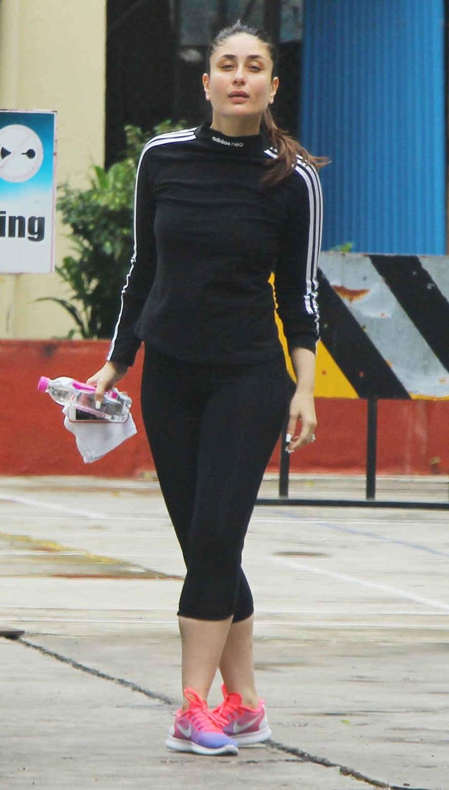 Kareena Kapoor at 'I Think Fitness' Gym In Bandra, Mumbai
