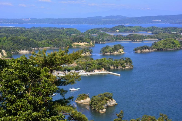 อ่าวมัตสึชิมะ (Matsushima Bay) @ www.travelguide.michelin.com