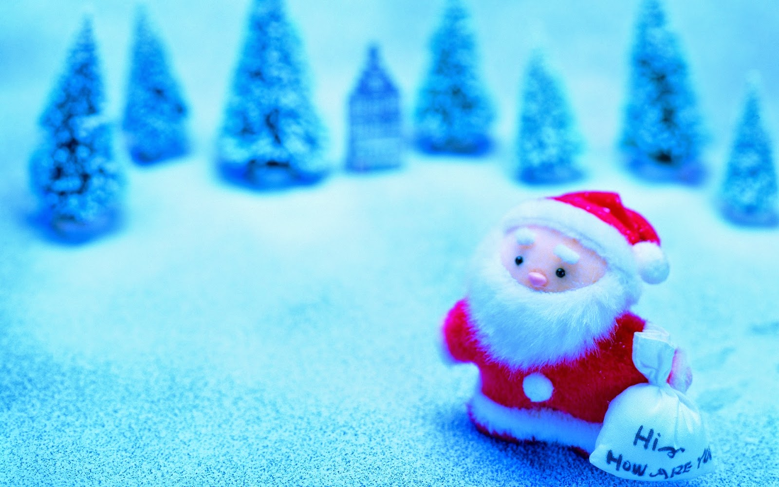 cute-little-santa-claus-doll-image-hd-wallpaper-free-download-for-desktop-tablet.jpg