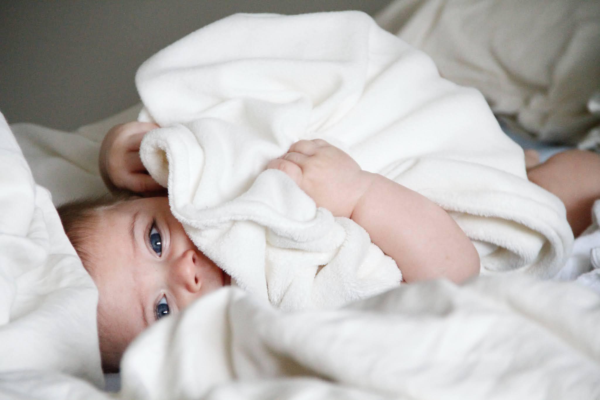 هل طفح الجلدي عند الاطفال بسبب حساسية من الطعام