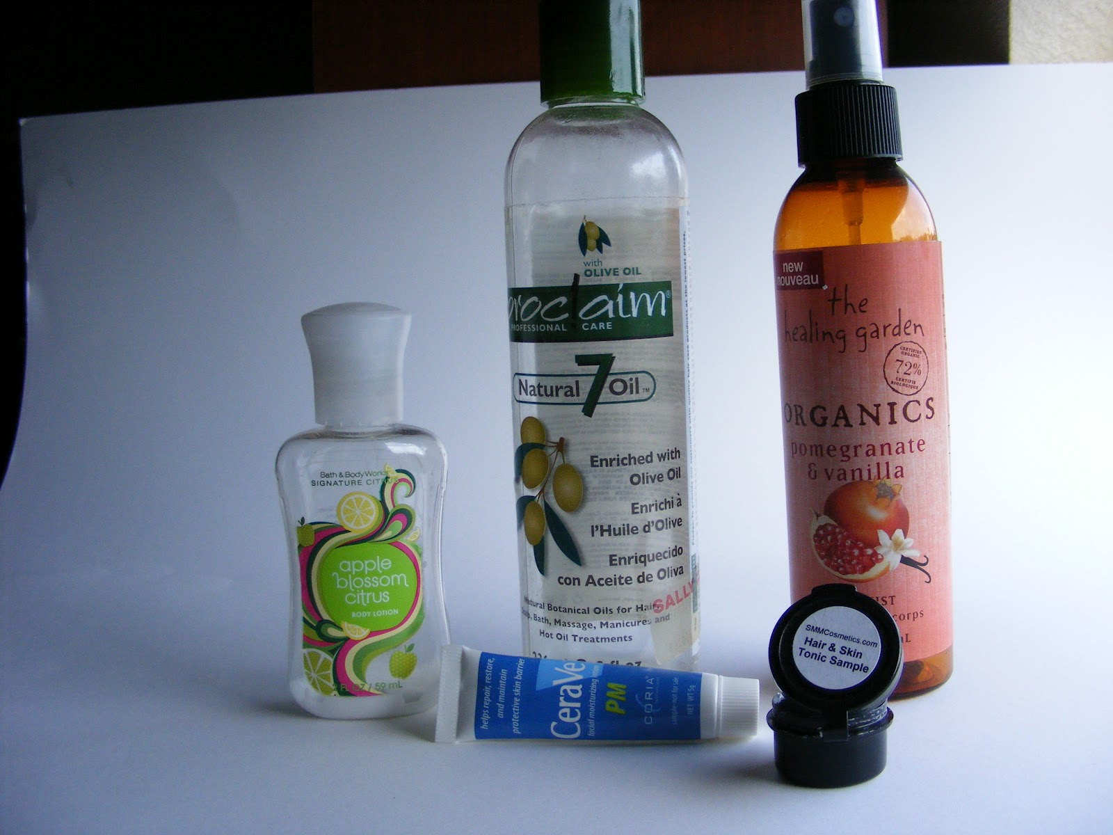 April Bath And Shower Lotion Starting At The Left Bath And Body Work S Apple Blossom