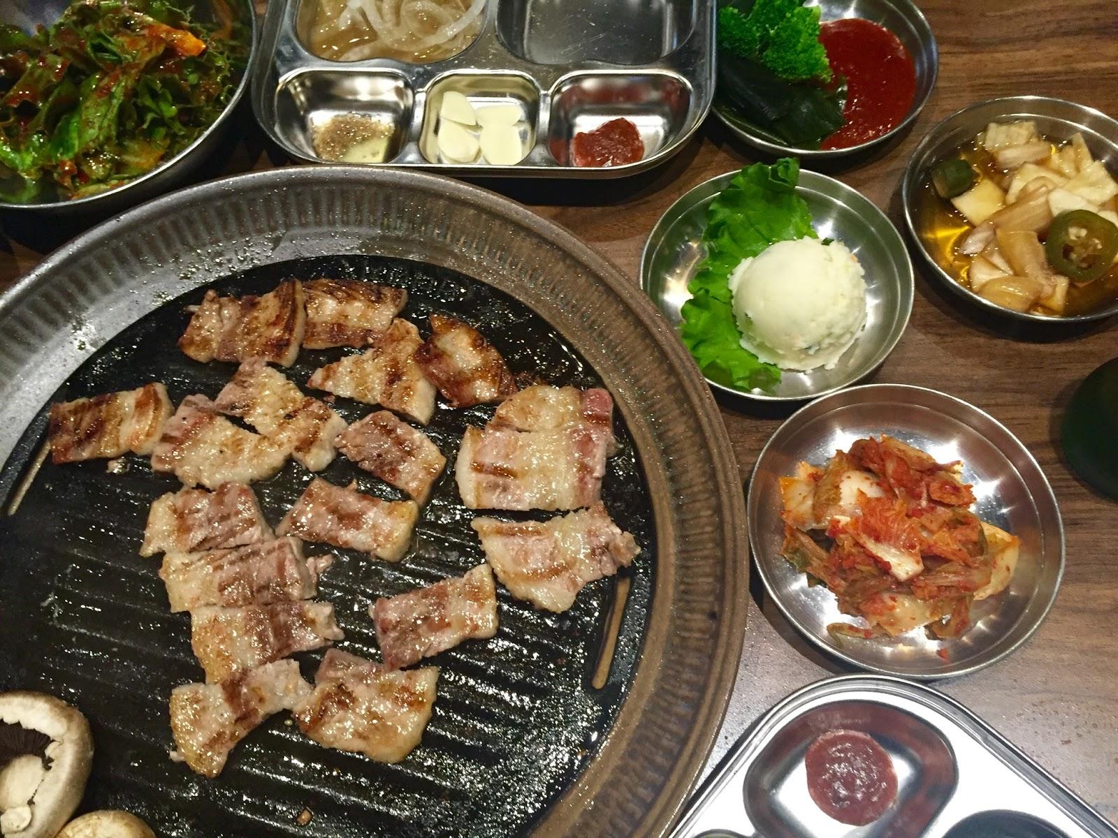 little piggy 39 s korean bbq sincerely kn toronto food. Black Bedroom Furniture Sets. Home Design Ideas