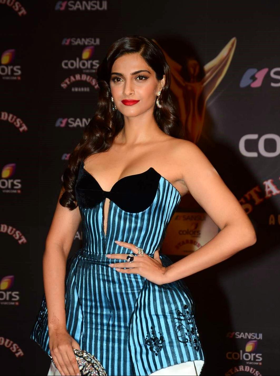 Sonam Kapoor Sexy Xxx Photo