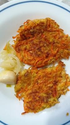 Galettes aux carottes et flocons d'avoine ;Galettes aux carottes et flocons d'avoine