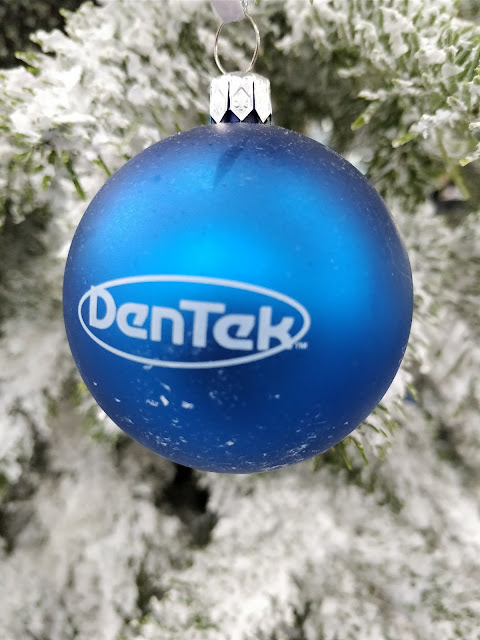DenTek bauble
