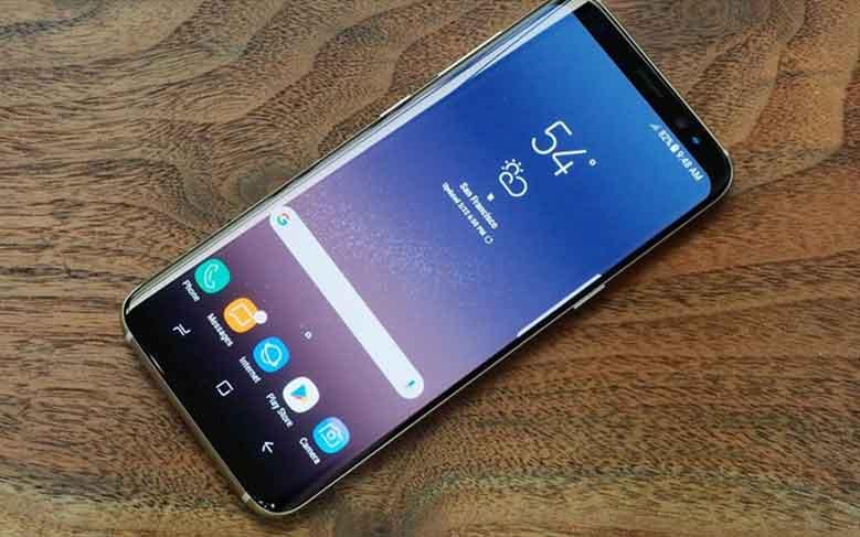 تحديث الأندرويد أوريو يسبب مشاكل في بطارية هاتف جالاكسي أس 8