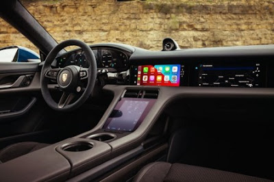 Porsche wants its cars to feel like an iPhone