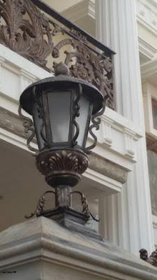 lampu pilar