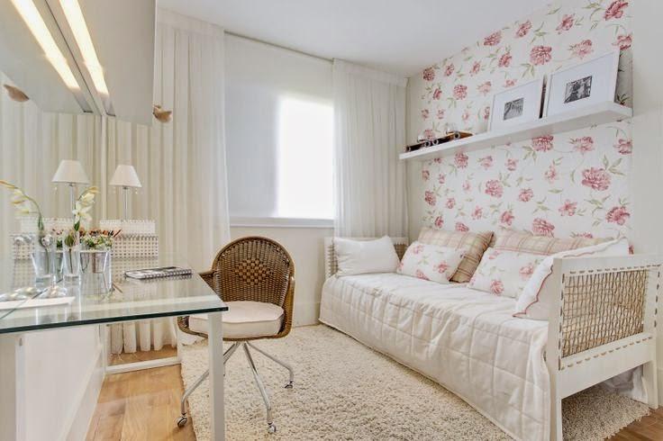 Escrivaninha Para Quarto Com Cadeira ~  quarto de menina floral  Jeito de Casa  Blog de Decora??o
