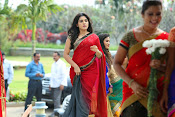 Gentleman movie photos gallery-thumbnail-1