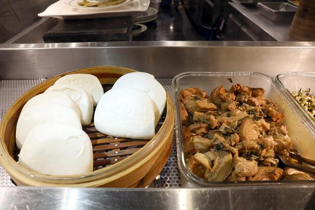 【南京三民站】御蓮齋素食餐廳~台北蔬食百匯素食吃到飽刈包