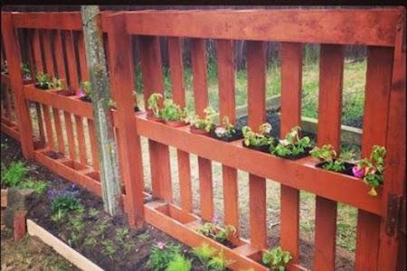 10 Ide Cerdas Pemanfaatan Kayu Palet untuk Taman