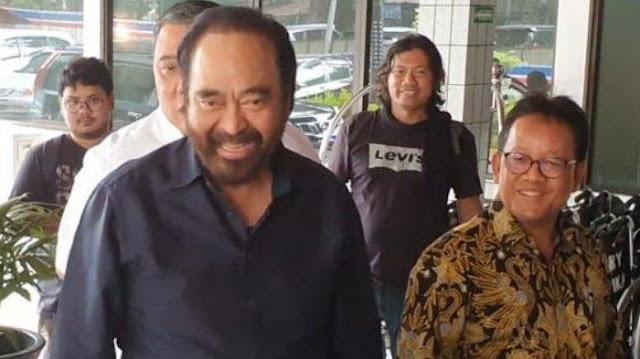 Surya Paloh ke Wiranto: Ini Cobaan, Yang Maha Kuasa Masih Sayang