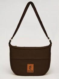 tas wanita dengan gaya terbaru dan branded kekinian