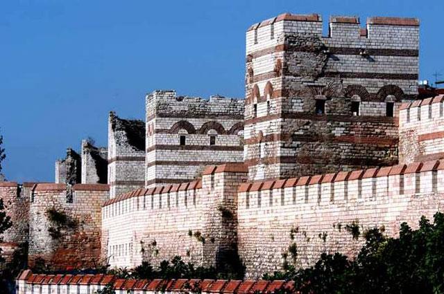 Tembok Konstantinopel, Turki