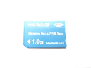 Memory Stick Pro Duo 1GB SanDisk Original 100% Sony PSP Sony Ericsson K750 W800 W810
