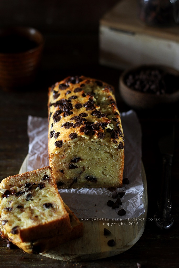 BANANA CAKE - JULIE HASSON