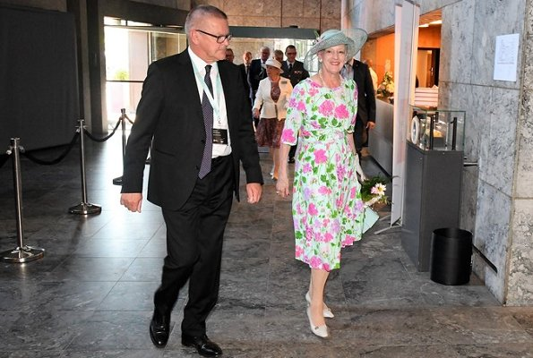 Queen Margrethe wore floral print summer dress at Danmarks Nationalbank's lobby at Havnegade. Crown Princess Mary, Princess Marie