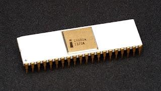 Bentuk Processor Intel 8008