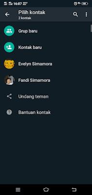 Tampilan Memilih Kontak WhatsApp Dark Mode