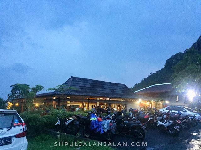 Cafe Gunung Batu Jonggol
