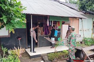 PPKM Mikro Satgas Covid-19, Melakukan Penyemprotan Disinfektan di Desa Bakalan