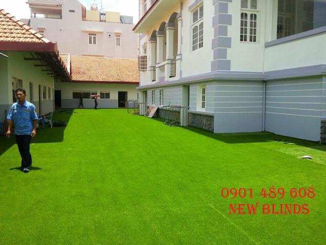 cỏ nhân tạo cho biệt thự