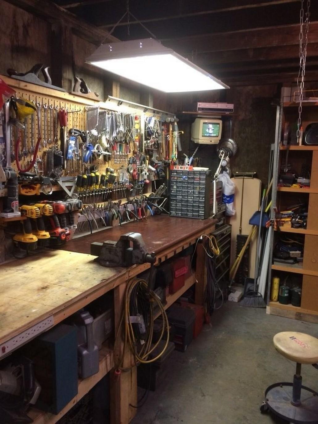 36 Topnotch Garage Designs