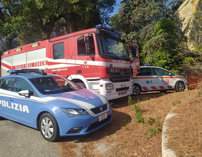 Macerata: tre corpi decomposti rinvenuti in una villetta
