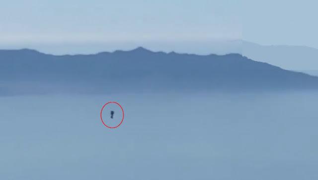 Akhirnya, Aksi Pria Misterius Terbang dengan Jetpack Tertangkap Kamera