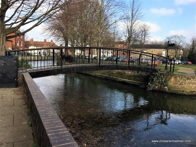 un paseo por Canterbury en Inglaterra