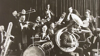hot jazz sound kaleng
