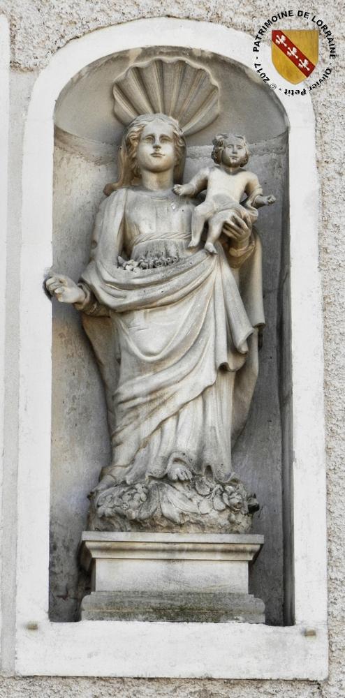 GOUSSAINCOURT (55) - Maison à la Vierge à l'Enfant (XVIIIe siècle)