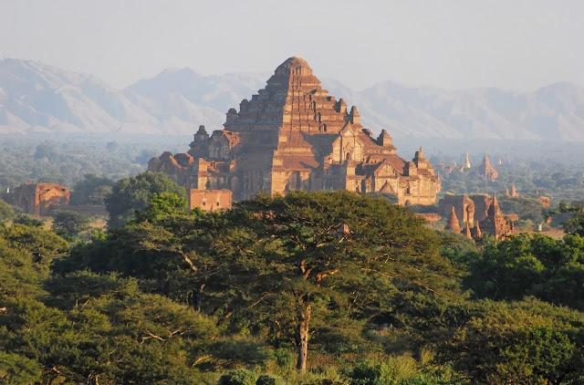 Chùa Htilominlo - Ngôi Chùa Hùng Vĩ Myanmar