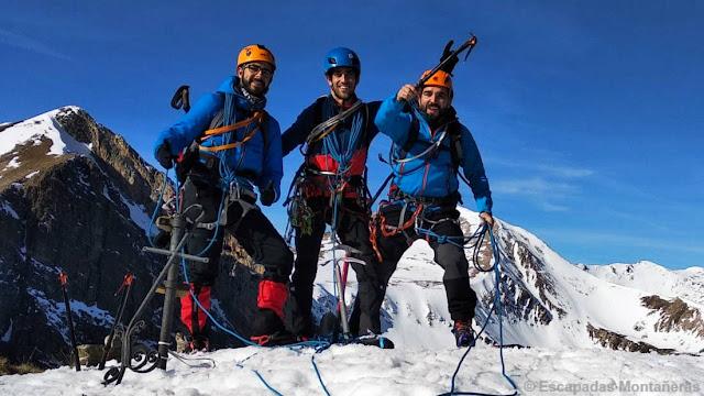 Foto equipo en la cima del Gra de Fajol Petit