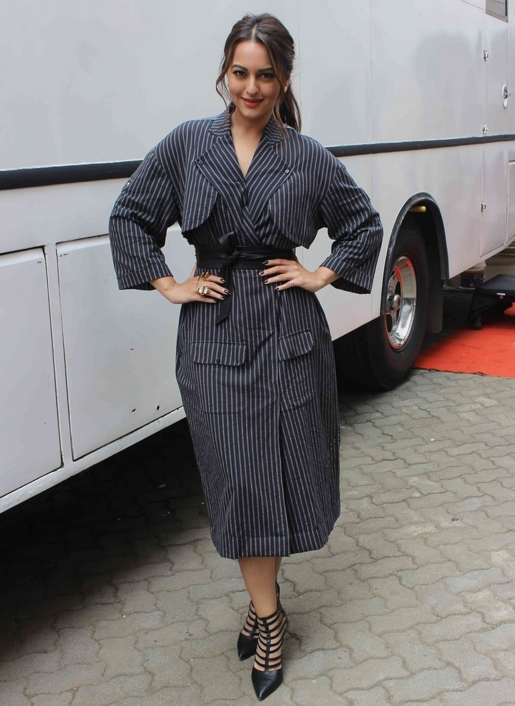 Actress Sonakshi Sinha Stills In Black Coat Long At Movie Promotion