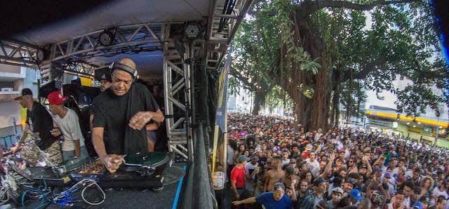 O bloco de rap, BeatLoko esquenta final de ano sob o comando de DJ Cia (RZO) e amigos