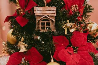 natal, lustre, bolo, noiva, noivo, casamento, ceia, natalino, editorial, vestido de noiva, ternon de noivo, pinha, buque