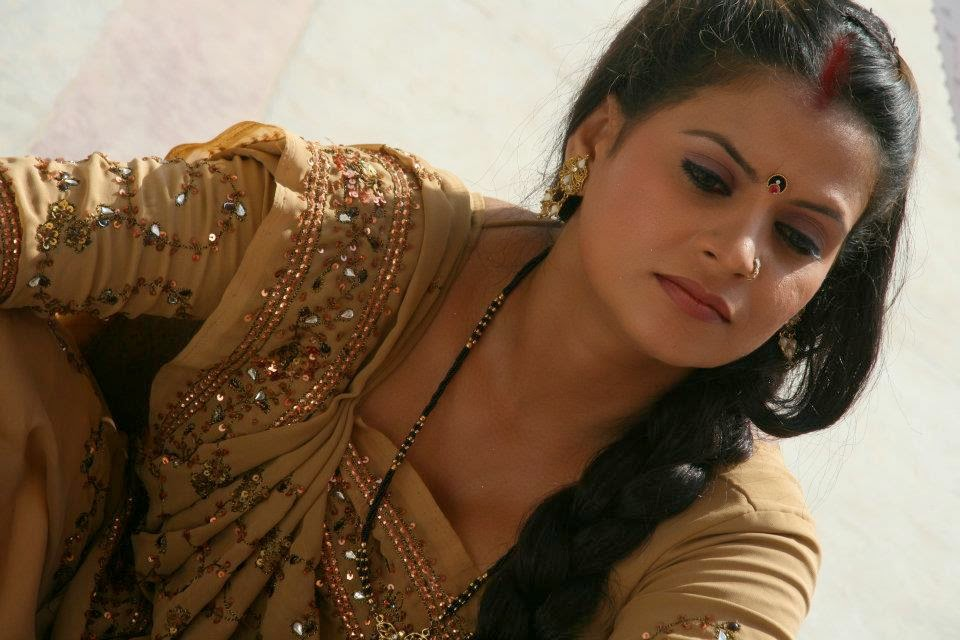 bhojpuri actress sapna - photo #25