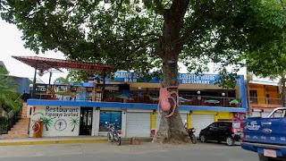 Playa de Coco food temples