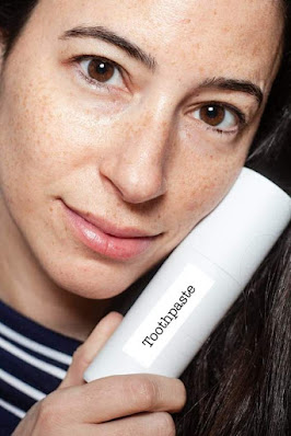 Does Toothpaste On Pimples Can Help , Dermatologist Opinion