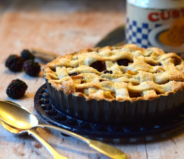 Filled with autumn fruits this Spiced Blackberry & Pear Lattice Crust Pie is perfect comfort food.