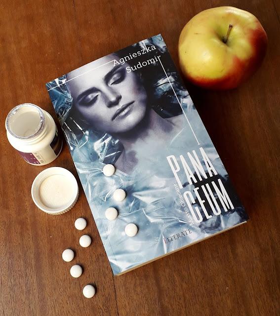 """""""Panaceum"""" na całe zło świata? - recenzja książki Agnieszki Sudomir"""