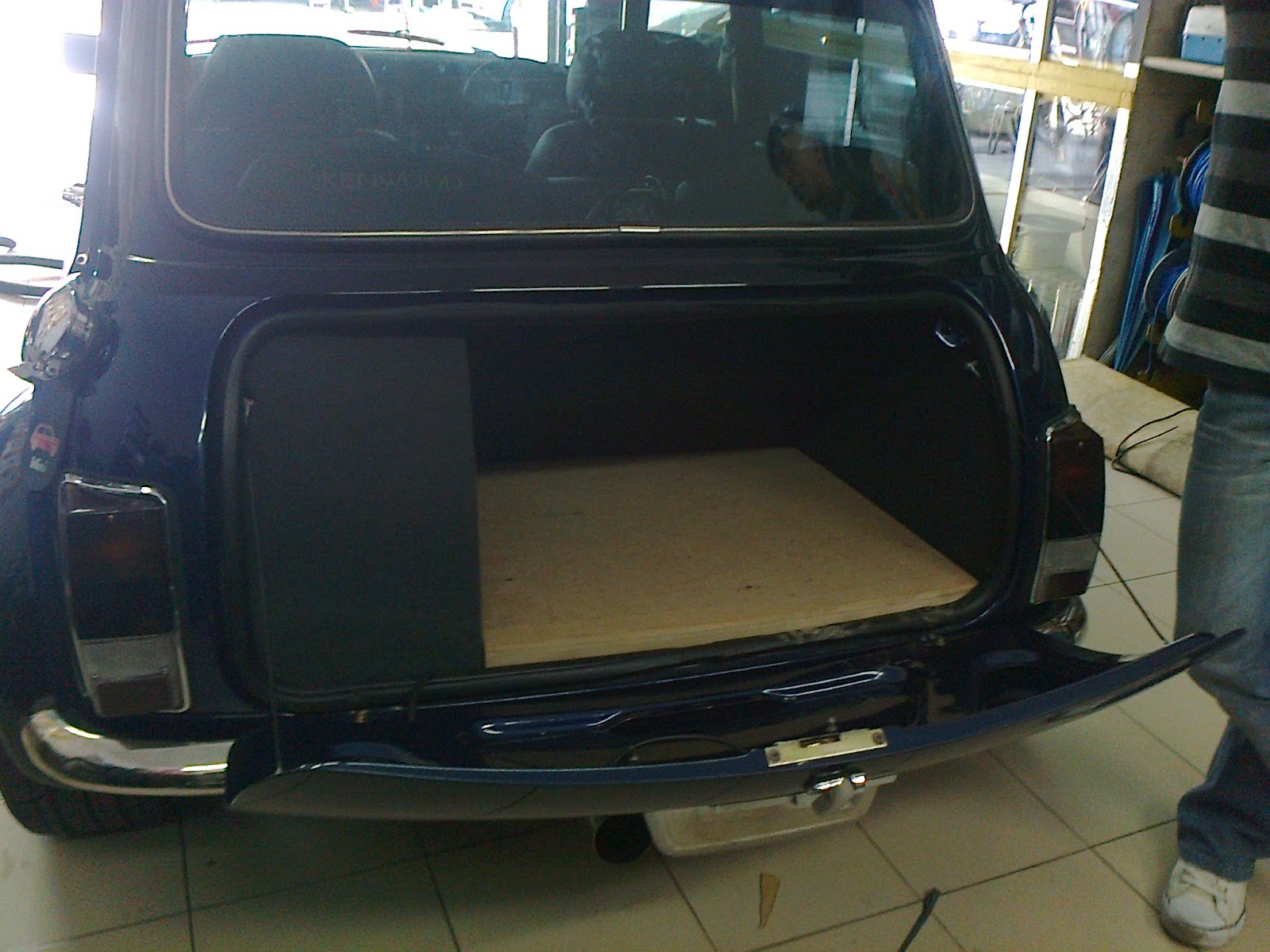 Eb Audio Classic Mini Cooper Rear Trunk Customize Tyre