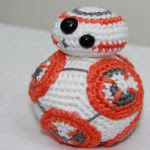 https://hivewithhappiness.files.wordpress.com/2016/01/patern-bb8-eng.pdf