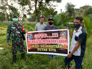 Tingkatkan Pengawasan terjadinya Karhutla, Babinsa Patroli Rutin di Desa Tanjung Mahung